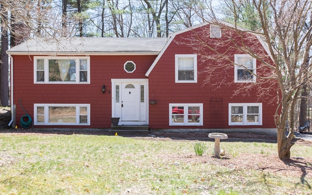 Picture 3 of 4 Chippewa Rd  Westford Ma 3 Bedroom Single Family