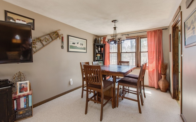 Picture 9 of 4 Chippewa Rd  Westford Ma 3 Bedroom Single Family