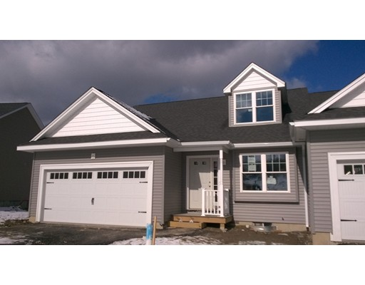 共管式独立产权公寓 为 销售 在 3 Stratford Village Way Millbury, 马萨诸塞州 01527 美国