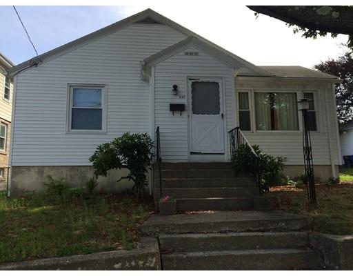 واحد منزل الأسرة للـ Sale في 337 Farmington Cranston, Rhode Island 02920 United States