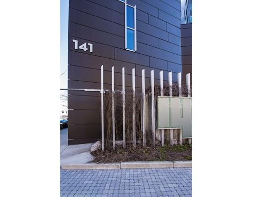 141 Dorchester Avenue, #902
