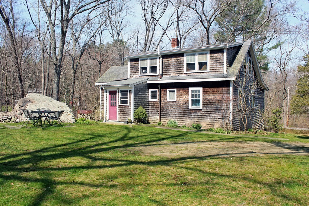 $799,000 - 4Br/1Ba -  for Sale in Hingham