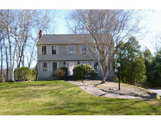 Pheasant Run is a similar priced home to 10 Pheasant Run in Andover Ma