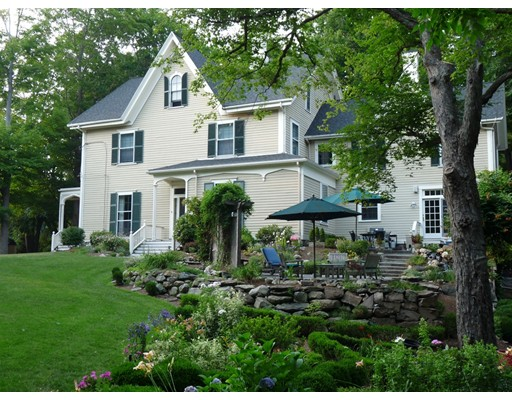 62 Old River Place Dedham MA