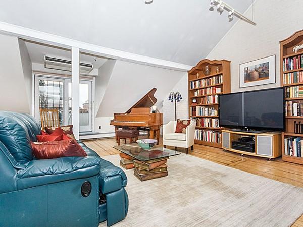 $1,399,000 - 3Br/2Ba -  for Sale in Boston