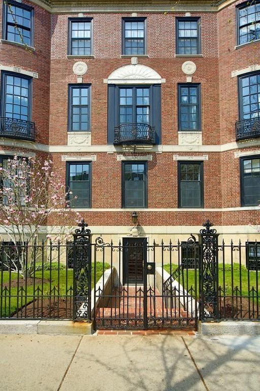 $5,600,000 - 4Br/6Ba -  for Sale in Boston