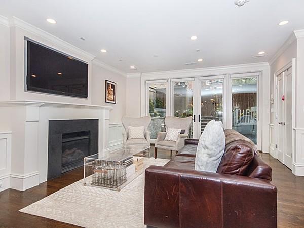 $1,799,000 - 2Br/3Ba -  for Sale in Boston