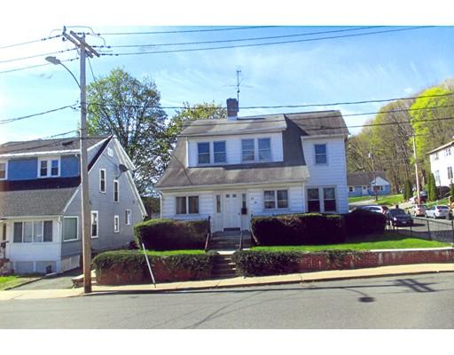 Casa Unifamiliar por un Venta en 78 Elmwood Avenue Holyoke, Massachusetts 01040 Estados Unidos