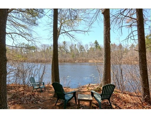 Single Family Home for Sale at 20 OCTOBER LANE Stow, Massachusetts 01775 United States
