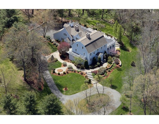 Maison unifamiliale pour l Vente à 47 Presidential Drive Southborough, Massachusetts 01772 États-Unis