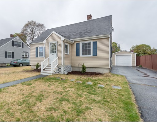 24  Griffin Rd,  Peabody, MA