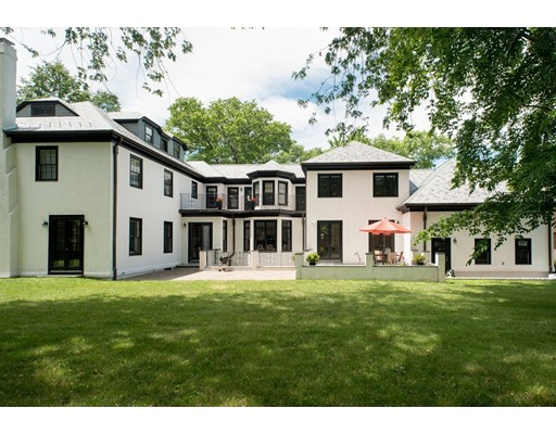 49 Worthington Rd, Brookline, MA 02446
