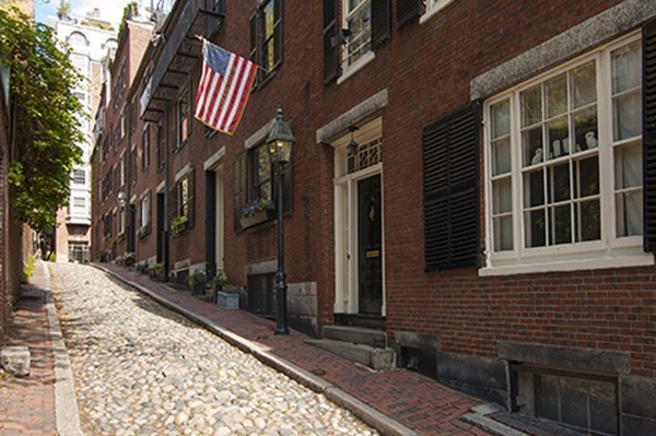 $3,750,000 - 3Br/4Ba -  for Sale in Beacon Hill, Boston