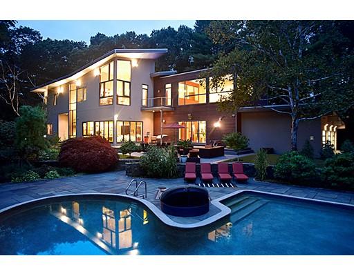 Casa Unifamiliar por un Venta en 8 Needham Road Lynnfield, Massachusetts 01940 Estados Unidos