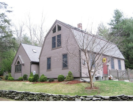 Additional photo for property listing at 87 Saundersdale Road  Charlton, Massachusetts 01507 United States