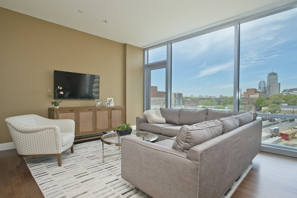 $1,049,000 - 1Br/2Ba -  for Sale in Boston