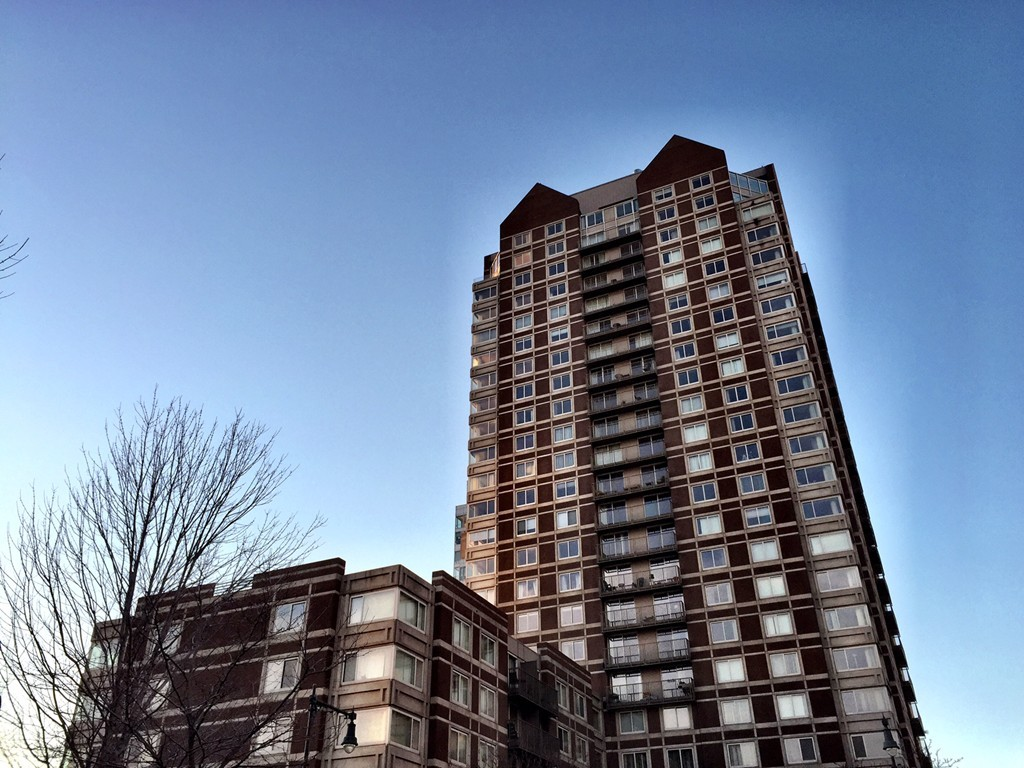 $699,000 - 2Br/2Ba -  for Sale in Cambridge