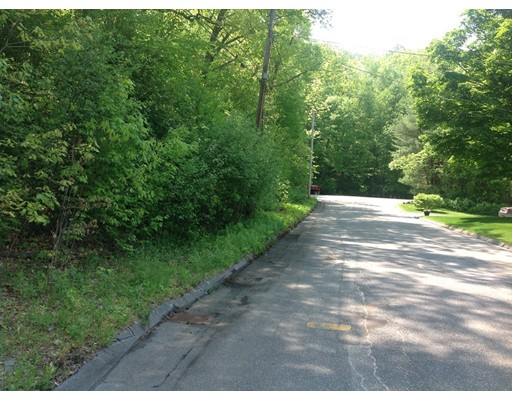 Land for Sale at Springfield St. L:27 Palmer, Massachusetts 01069 United States