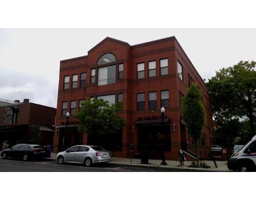 48 N Pleasant Street, Amherst, MA 01002