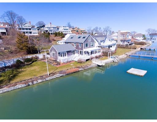 واحد منزل الأسرة للـ Sale في 185 Downer Hingham, Massachusetts 02043 United States