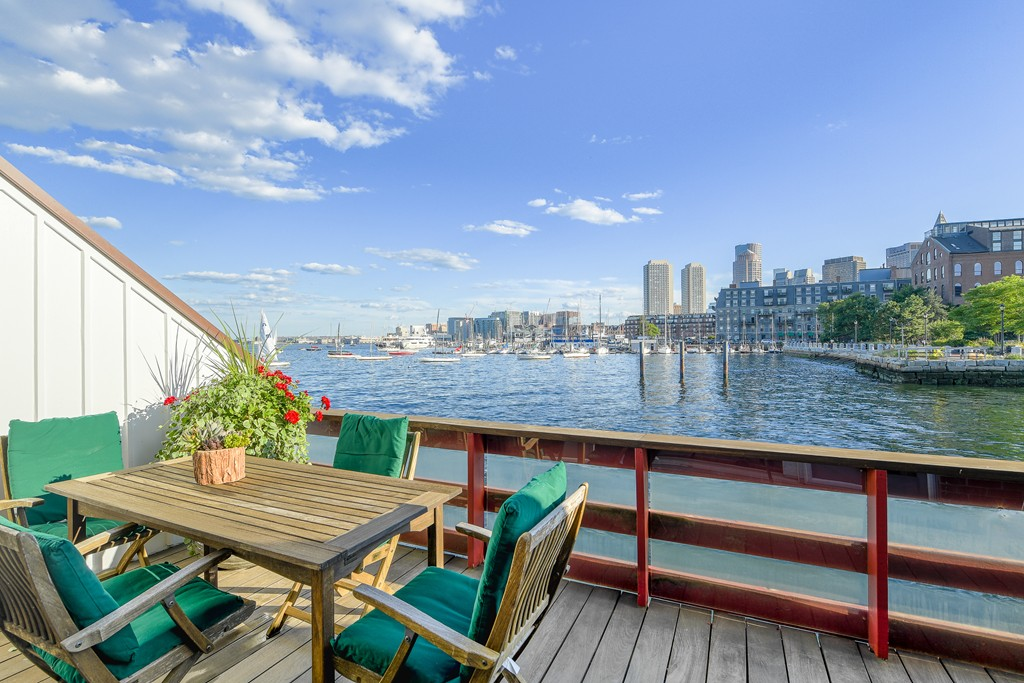 $3,500,000 - 2Br/3Ba -  for Sale in Boston