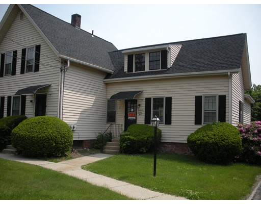 商用 为 出租 在 63 Maple Street 63 Maple Street Northampton, 马萨诸塞州 01062 美国