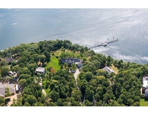 Casa para uma família para Venda às 315 Baxters Neck Road 315 Baxters Neck Road Barnstable, Massachusetts 02648 Estados Unidos