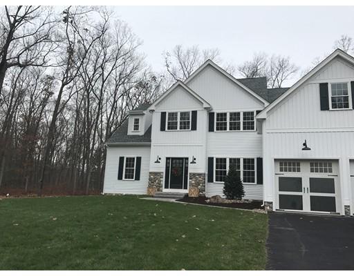 独户住宅 为 销售 在 65 Oakridge Avenue Attleboro, 马萨诸塞州 02703 美国