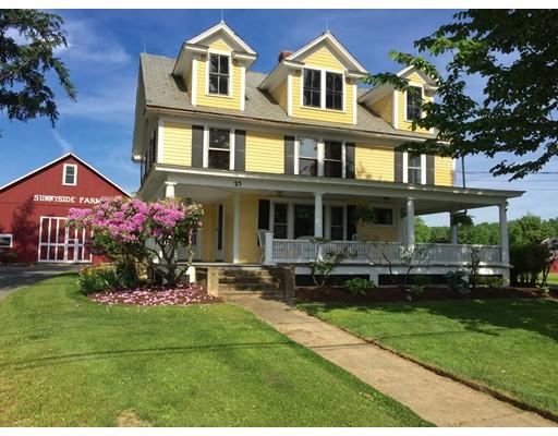 Частный односемейный дом для того Продажа на 17 River Road 17 River Road Whately, Массачусетс 01093 Соединенные Штаты