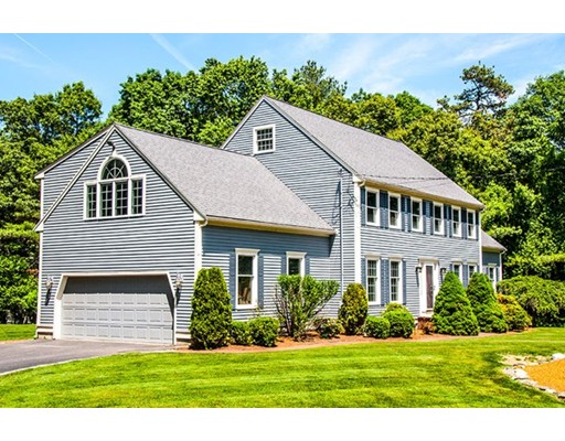 12  Abbey Road,  Walpole, MA