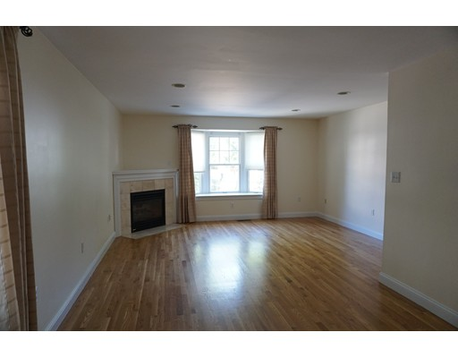 Additional photo for property listing at 43 Naples Road 43 Naples Road Brookline, Massachusetts 02446 Usa