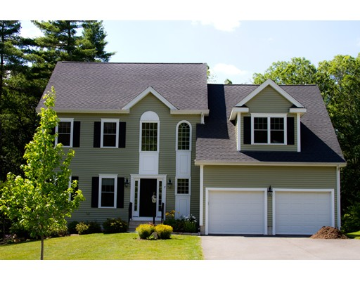 Single Family Home for Sale at 33 Brookmeadow Lane Grafton, Massachusetts 01560 United States