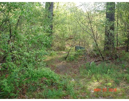 Additional photo for property listing at 2 H Putnam Rd Ext  Charlton, Massachusetts 01507 Estados Unidos