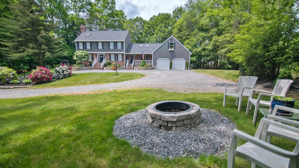 $675,000 - 3Br/4Ba -  for Sale in Holliston
