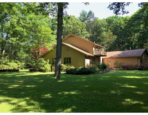 301 Musterfield Rd, Concord, MA 01742