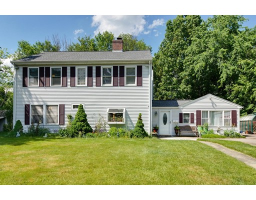 31 Hardwick Road, Natick, MA