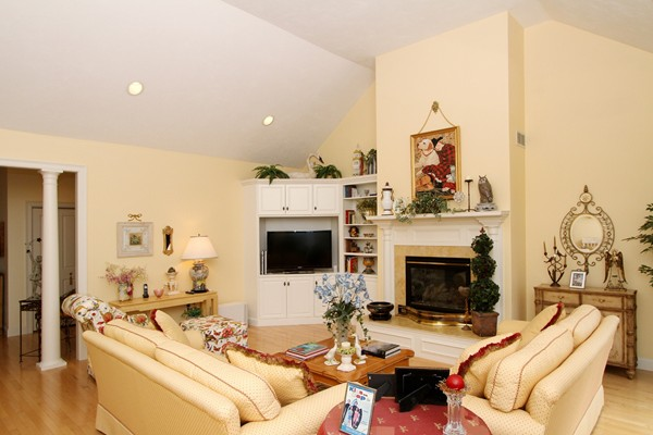 Photo #13 of Listing 17 Noreast Dr
