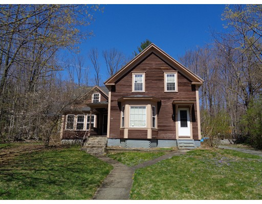 Casa Unifamiliar por un Venta en 132 Center Street 132 Center Street Ashburnham, Massachusetts 01430 Estados Unidos