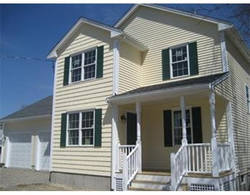 Emerson Ave, Lowell, MA 01850
