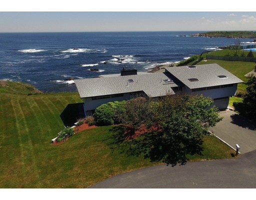 Casa Unifamiliar por un Venta en 12 Spouting Horn Road & Lot 1 Nahant, Massachusetts 01908 Estados Unidos