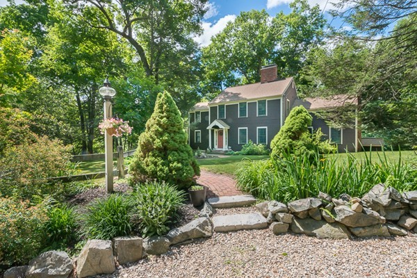 Property for sale at 29 Crooked Pond Drive, Boxford,  MA 01921