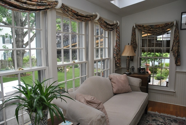 Photo #7 of Listing 6 Hill Street