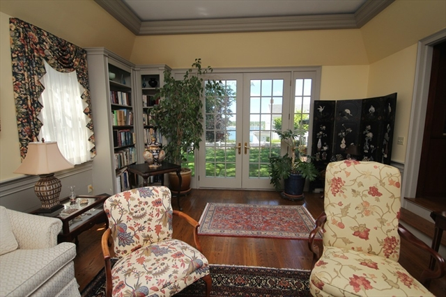 Photo #10 of Listing 6 Hill Street