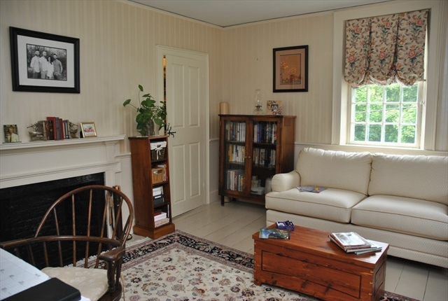 Photo #14 of Listing 6 Hill Street