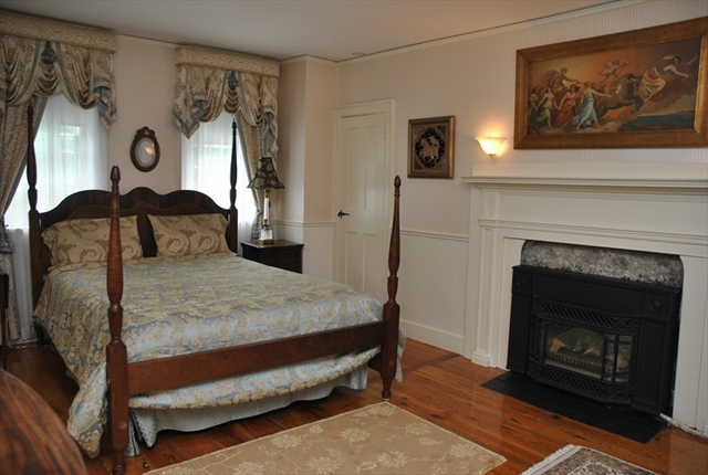 Photo #15 of Listing 6 Hill Street