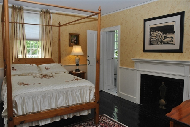 Photo #18 of Listing 6 Hill Street