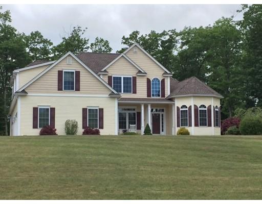 Maison unifamiliale pour l Vente à 50 Moore Road Ashburnham, Massachusetts 01430 États-Unis