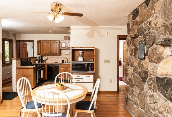 Photo #16 of Listing 35 Homestead Ave