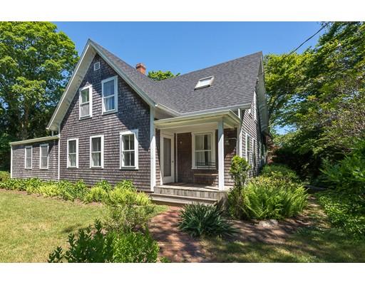 独户住宅 为 销售 在 33 Woodlawn Avenue Tisbury, 马萨诸塞州 02568 美国