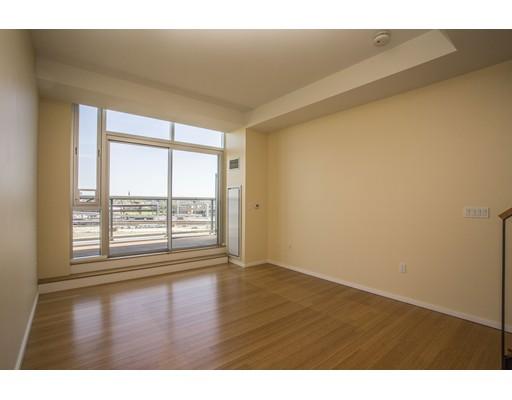 Condominio por un Venta en 2 Earhart Street Cambridge, Massachusetts 02141 Estados Unidos